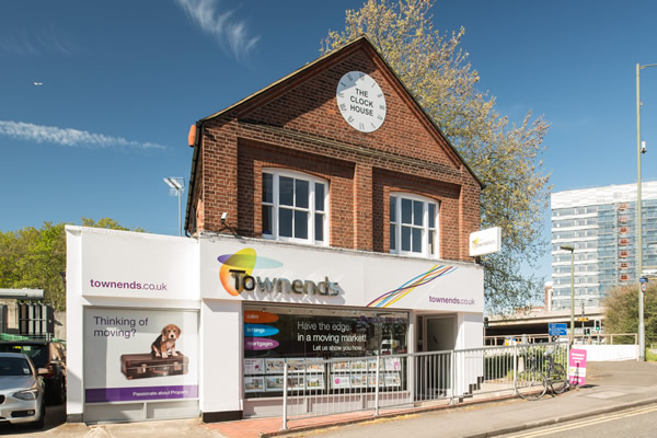 Townends - Sunbury on Thames, Sunbury-on-Thames, TW16