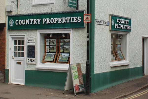 Country Properties - Welwyn, AL6