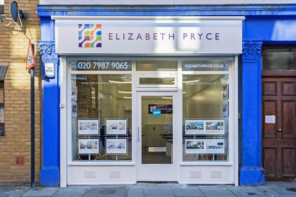 Elizabeth Pryce - Limehouse / Docklands, London, E14
