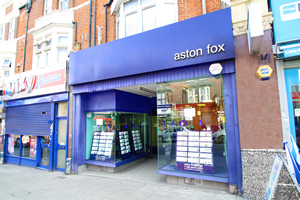 Aston Fox Image 1