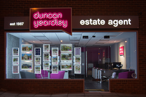 Duncan Yeardley Estate Agents Image 1