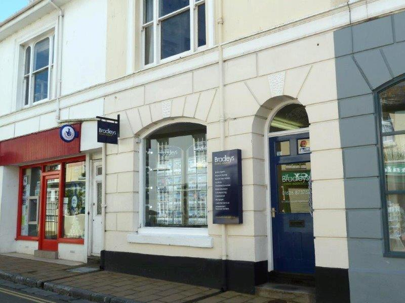 Bradleys Estate Agents - Shaldon, TQ14