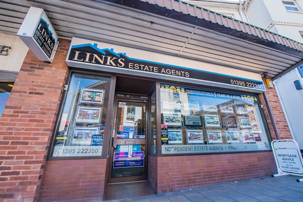 Links Estate Agents Image 1
